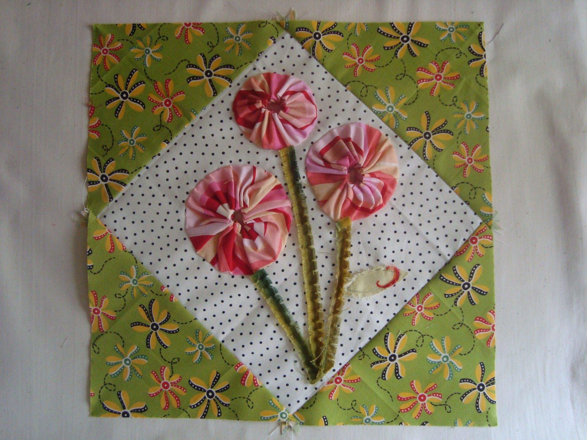 spring posie quilt block