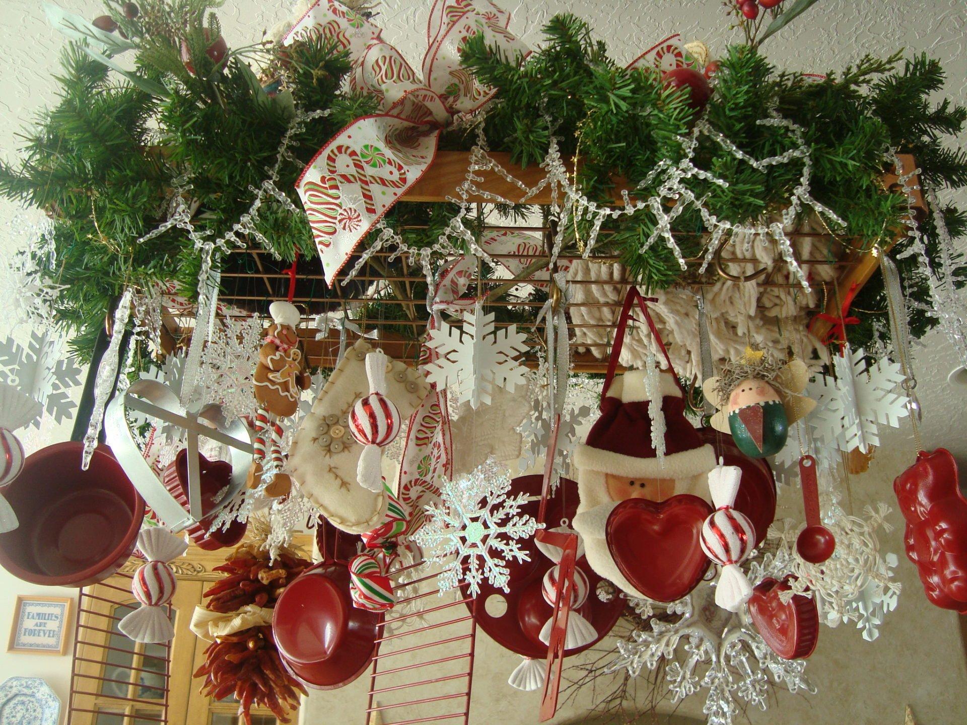 Quick and festive pot rack tutorial for Pot shelf decorating ideas
