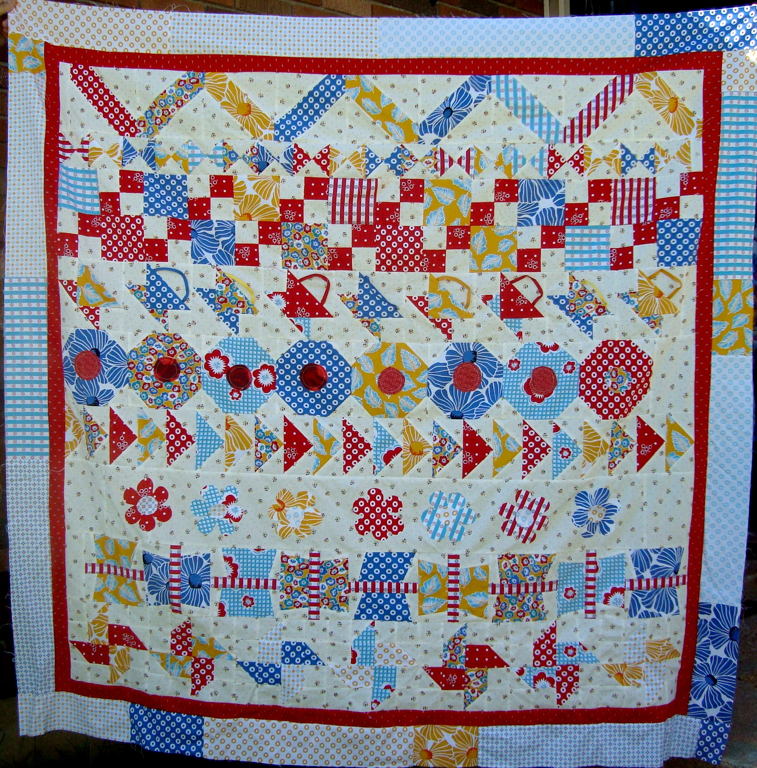 Round Robin 3 Row Quilt Finishing Up