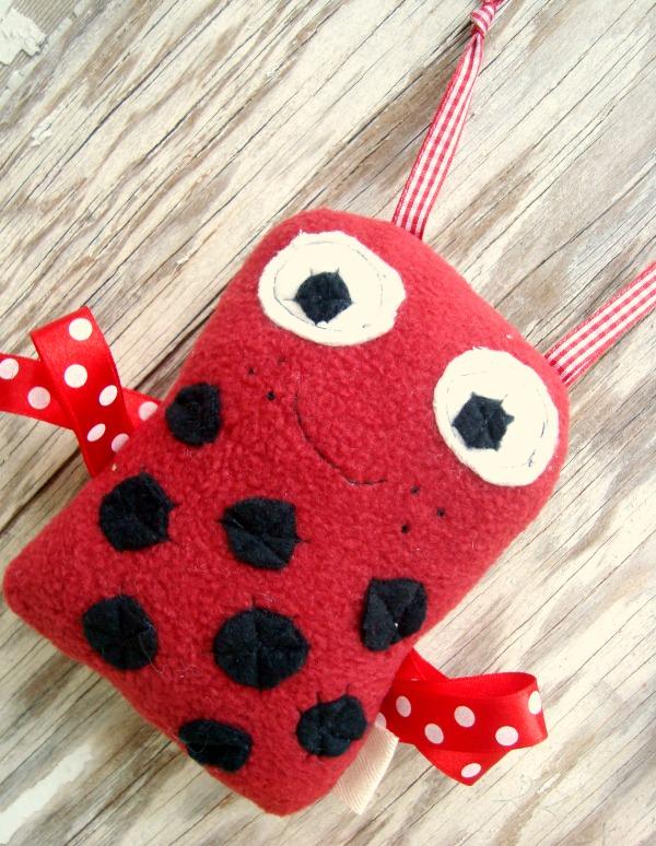 ladybugribbonbug