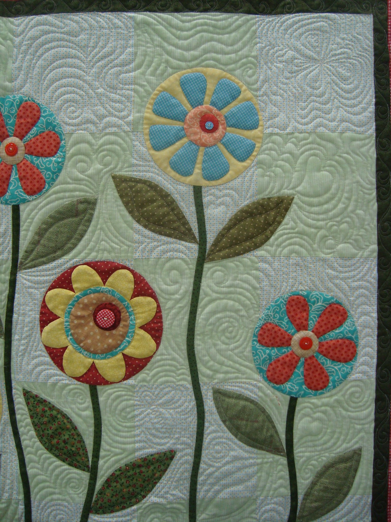 Applique Before or During Quilting?