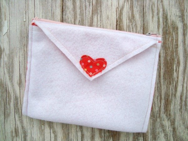 valentine pouch felt foldover envelope tutorial