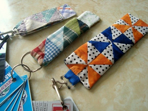 Card Key Fobs and pouches {52 UFO Quilt Block Pick up}