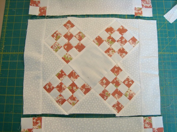 table topper quilt tutorial