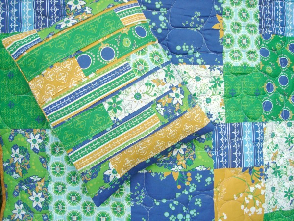 shuffle strip pillow pattern / patchwork posse