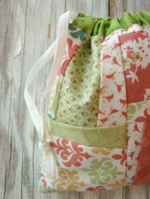 how to make a cinch sack tutorial / patchwork posse