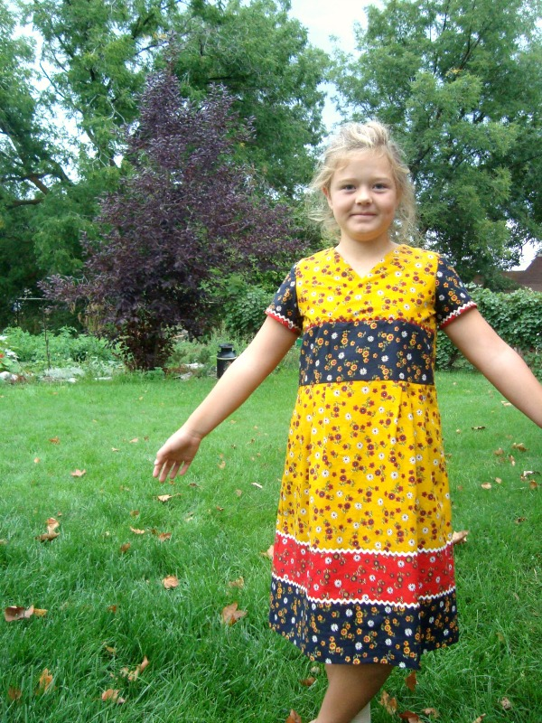 library dress review pattern by Oliver & S / patchworkposse.com