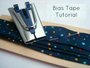 bias hem tape maker tutorial. Make your own hem or binding / patchworkposse.com