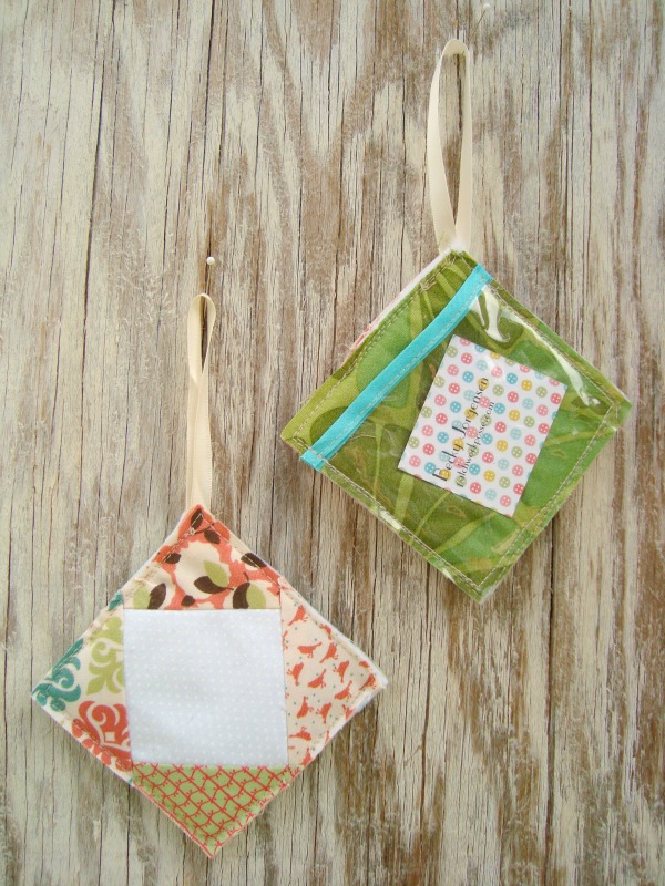 luggage tag tutorial with a quilt block