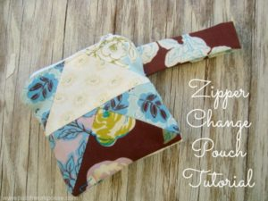 Zipper Pouch Tutorial for your Change | patchworkposse.com