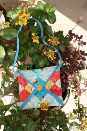 envelope bag using a quilt block