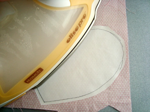 how to applique using fusible web   patchwork posse