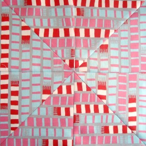 mitered quilt block tutorial using striped fabric | patchworkposse.com