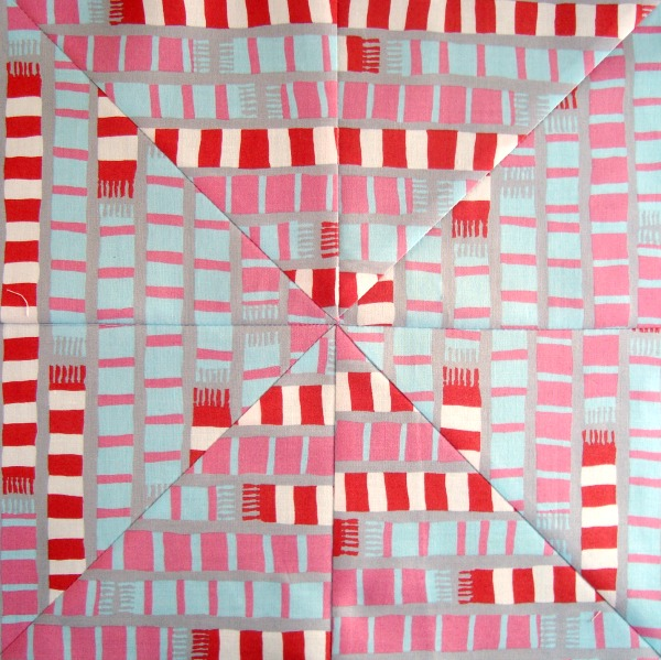 mitered quilt block tutorial using striped fabric   patchworkposse.com