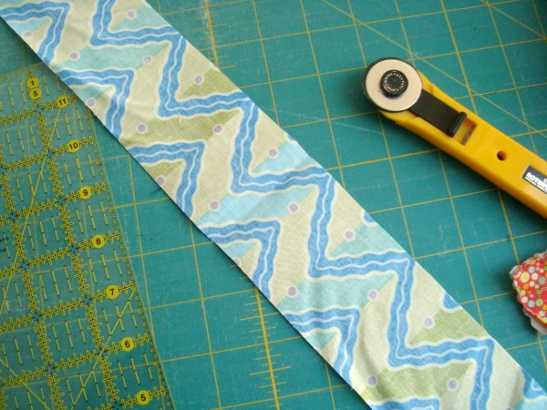 cutting fabric using your ruler and rotary cutter