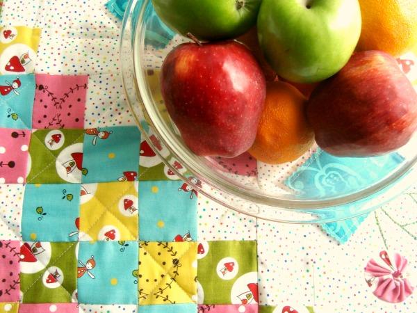 Spring blossoms quilt tutorial   patchwork posse #yoyo #quiltblock