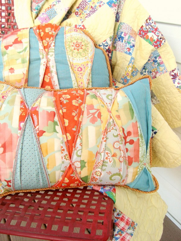 color tuck pillow pattern | patchworkposse
