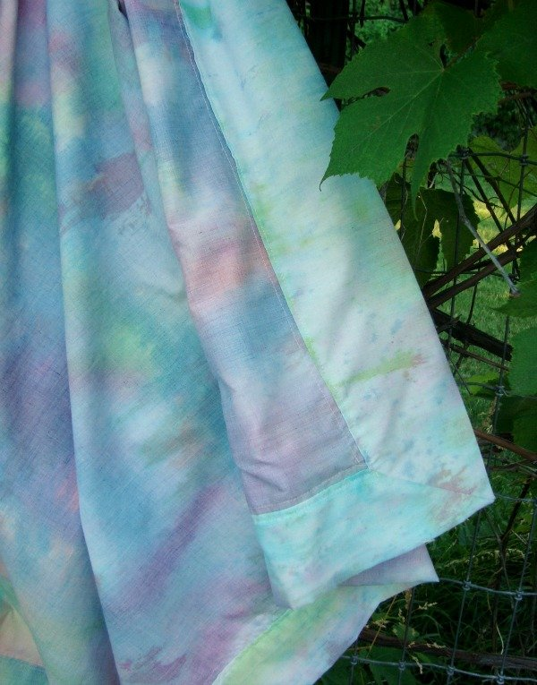 Tie Dye Summer Blanket Tutorial – with mitered corners
