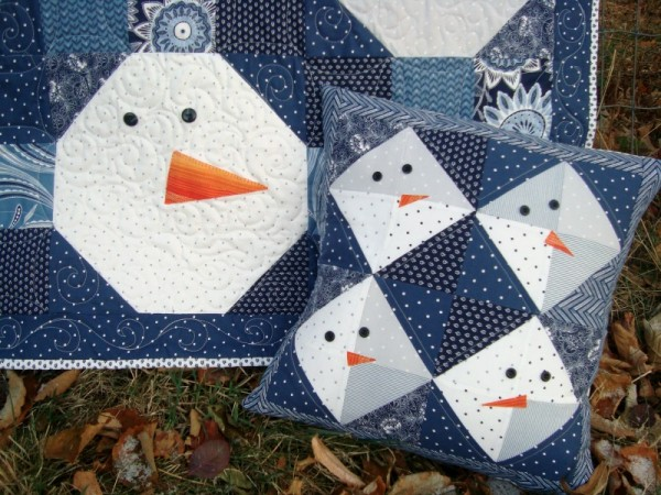 Snowman quilt and pillow set | patchworkposse #christmas #snowman #pillow #quilt