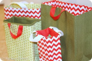 full_829_88922_FabricGiftBags_1