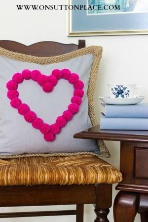 heart-pom-pom-pillow-cover