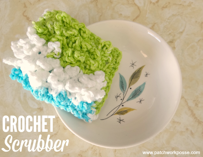 how to crochet a scrubber  finger pocket so it doesn't slip out from under your hand when scrubbing!  Great for cleaning bottles too.