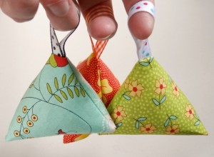 make your own lavender sachets