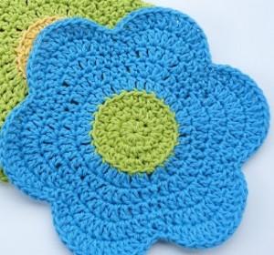 Flower Dishcloth b re