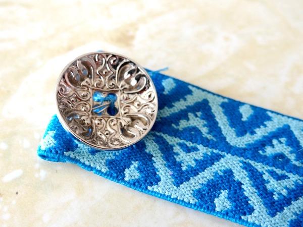 hand stitch button