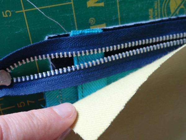 layer for zipper