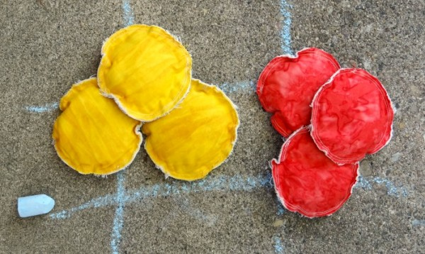 red and yellow toss game