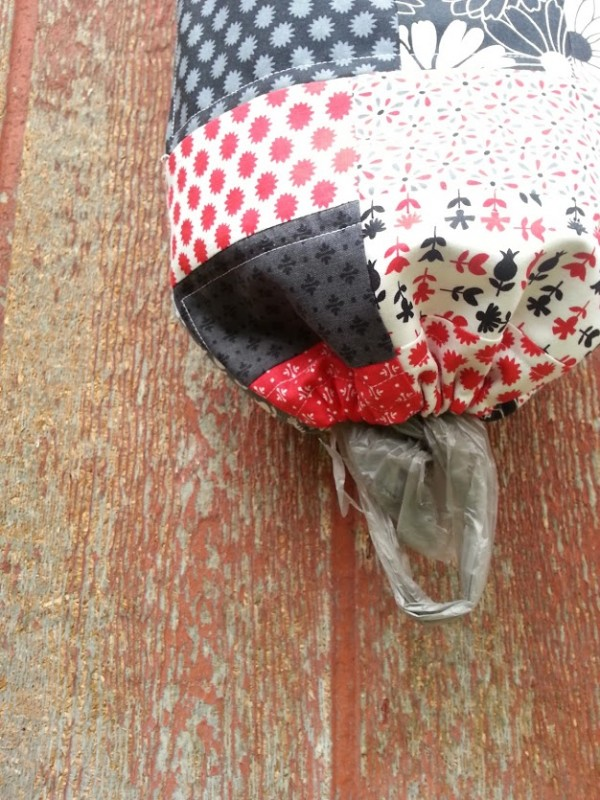 plastic bag holder bottom end