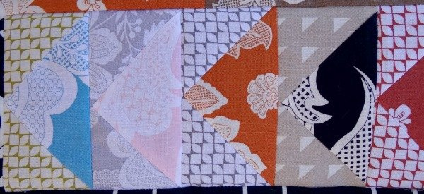 Busy Body Medallion Quilt Along – flying geese border