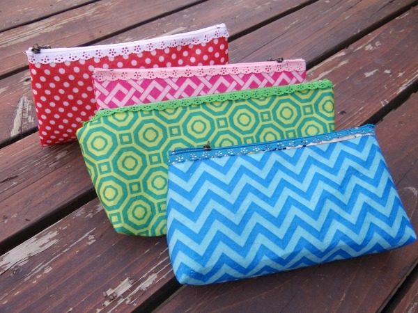 zipper pouches with felt fabric tutorial and how to