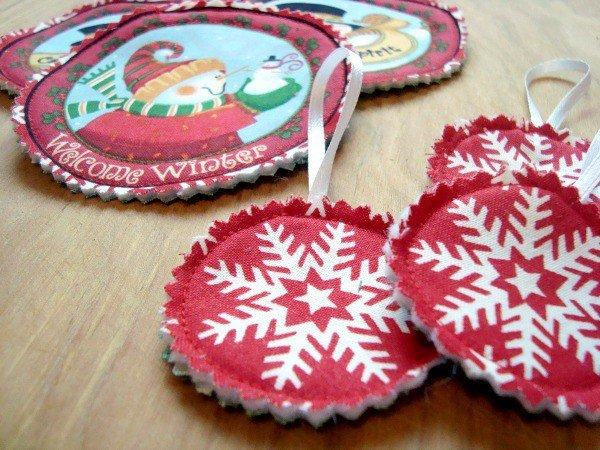 Fussy Cut Fabric Ornaments Tutorial -