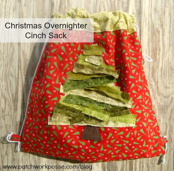 Cinch sack tutorial - learn how to make a simple cinch sack with a fun rag fabric tree on the front. The pictures will guide you from start to finish. #bag #freetutorial #cinchsack