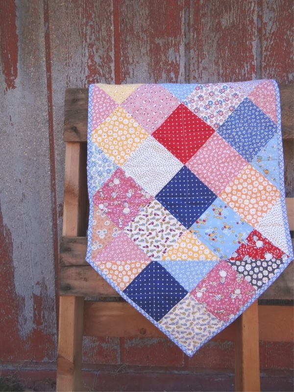 The Disappearing Quilt Blocks & Patterns e-book will show you how to have some fun with basic and simple quilt blocks!