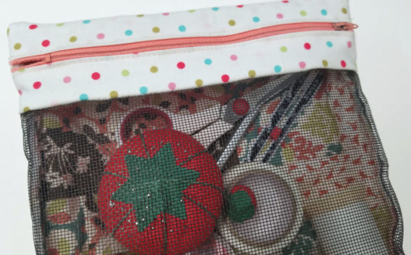 Mod Bee Quilting conference mesh bag class. Use your scraps!