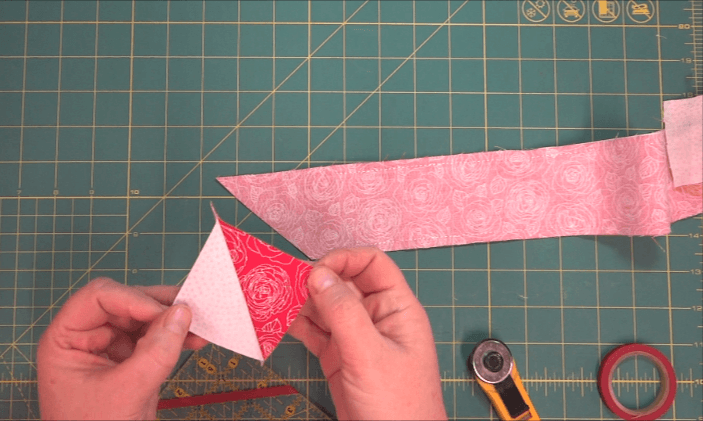 How to SEW HALF SQUARE TRIANGLES WITH FABRIC STRIPS OR JELLY ROLLS