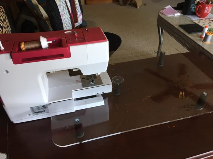 How to Clean Plexiglass Sewing Machine Tables